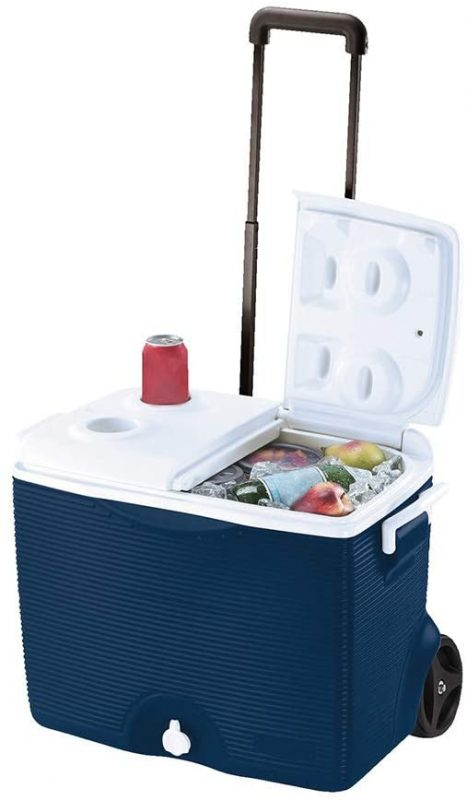 Rubbermaid Wheeled Cooler with 5 Quart